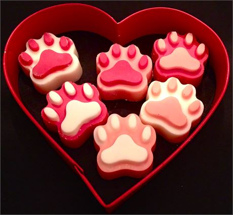 [Image: Dog_paw_valentines.jpg]