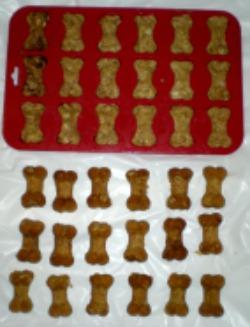 mini homemade dog biscuits